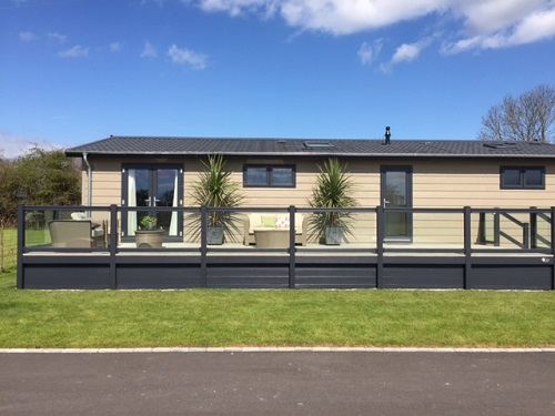 Luxury Professional Holiday Home Decking Kent